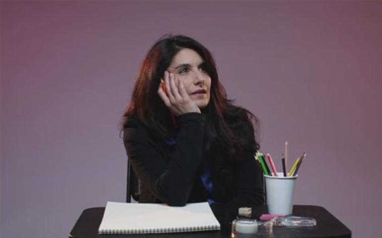 video-sin-pudor-mujeres-dibujan-su-pene-ideal
