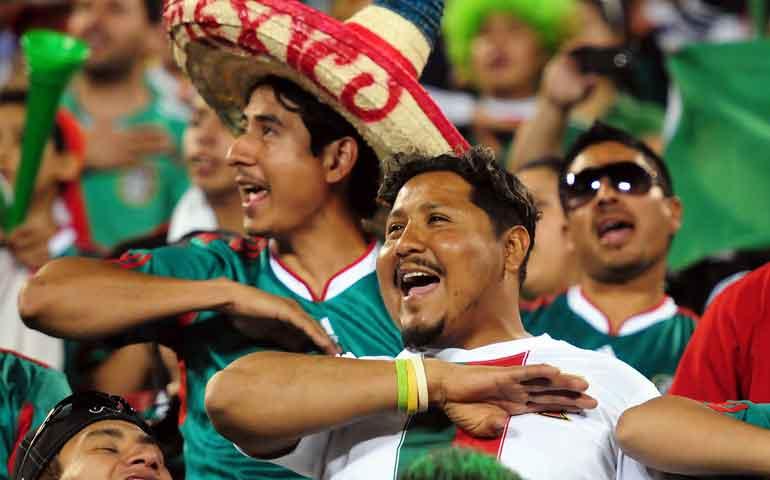 aficion-mexicana-continua-en-chile-pese-a-la-eliminacion-del-tri
