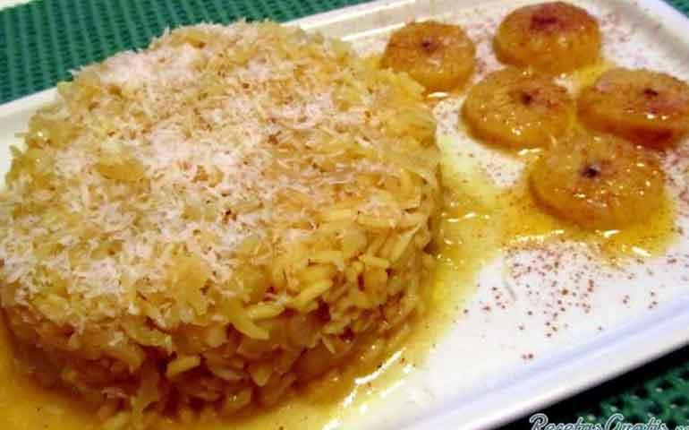 arroz-con-repollo-y-platano-maduro