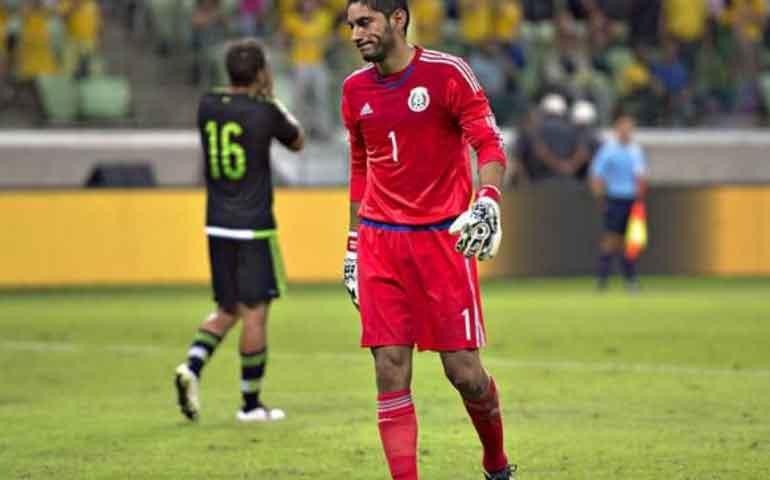 corona-acepta-error-en-gol-de-brasil