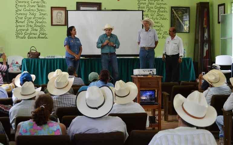 desarrollo-rural-entregando-resultados-al-campo-y-los-ganaderos-jose-gomez