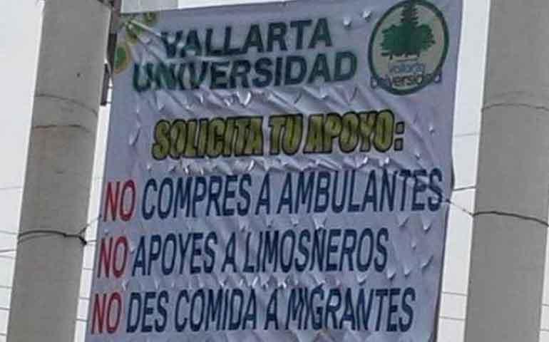 lona-que-discrimina-a-migrantes-causa-polemica-en-las-redes-sociales