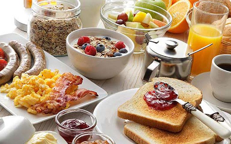 los-cinco-elementos-para-el-desayuno-ideal