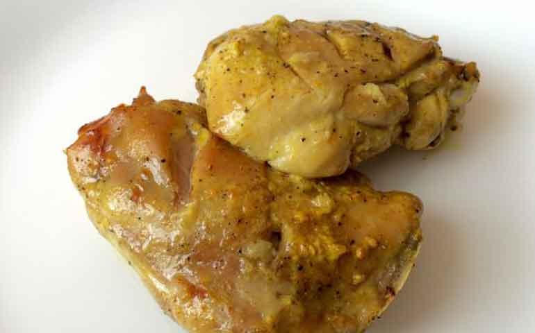 muslos-de-pollo-al-ajillo
