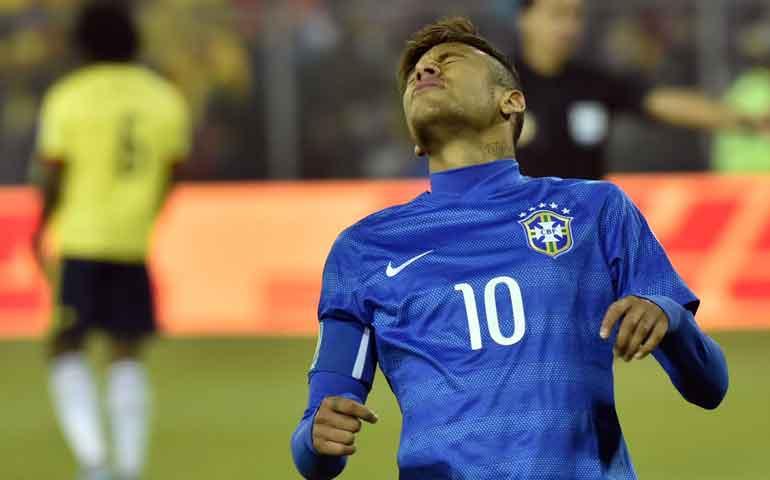 neymar-de-heroe-del-barcelona-a-villano-con-brasil