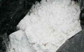 ocultan-metanfetamina-en-una-vela-y-la-envian-por-mensajeria