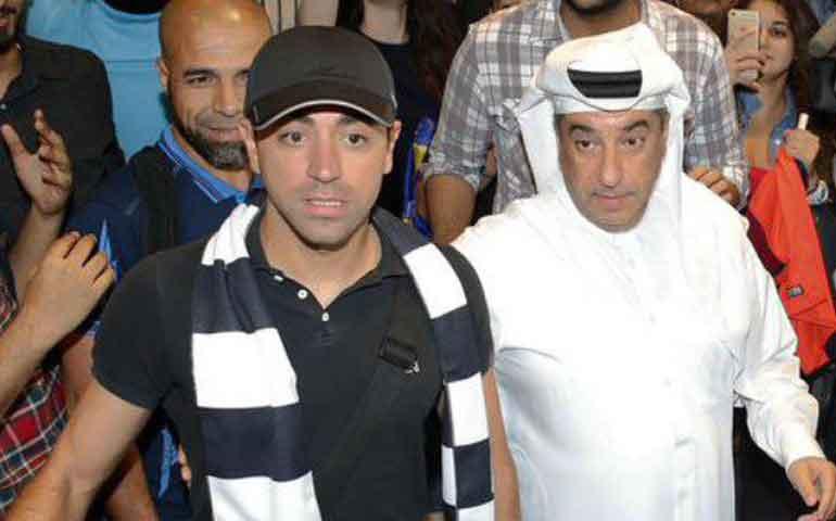xavi-llega-a-qatar-para-ser-presentado-con-el-al-sadd