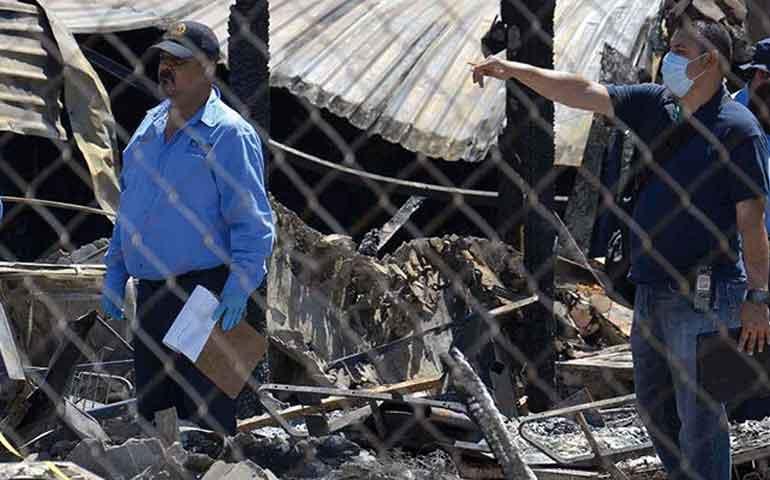 aumenta-a-18-los-muertos-por-incendio-en-asilo-de-mexicali