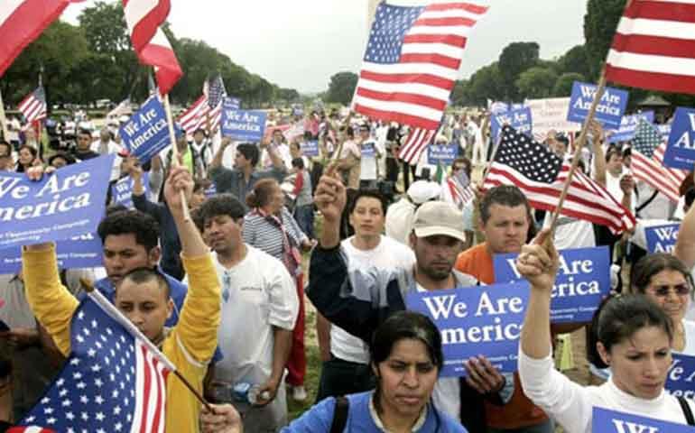 con-acciones-ejecutivas-casi-90-de-inmigrantes-podran-quedarse-en-eu