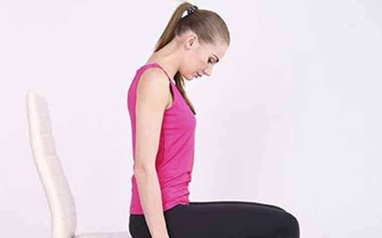 ejercicios-faciles-para-adelgazar-sentada