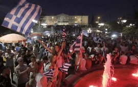esperanza-en-grecia-miles-celebran-en-atenas-el-no-al-referendum