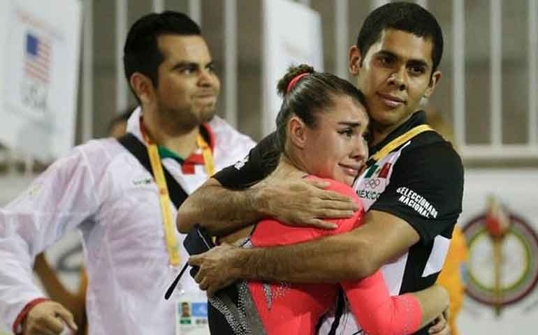 gimnasta-mexicana-logra-la-medalla-de-plata-en-toronto