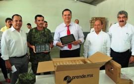 llegan-a-nayarit-tabletas-electronicas-para-alumnos-de-escuelas-publicas