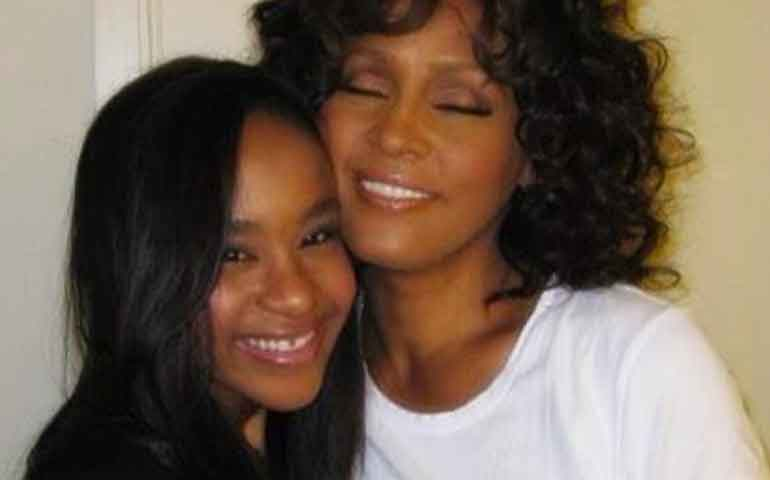 murio-bobbi-kristina-hija-de-whitney-houston