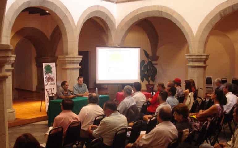 se-presento-conferencia-sobre-estudios-de-gastronomia-nayarita