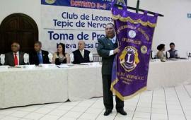 toman-protesta-la-nueva-mesa-directiva-del-club-de-leones-tepic-de-nervo1
