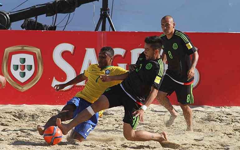 tri-playero-es-humillado-por-brasil-en-mundial