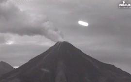 video-captan-ovni-rondando-el-volcan-de-colima