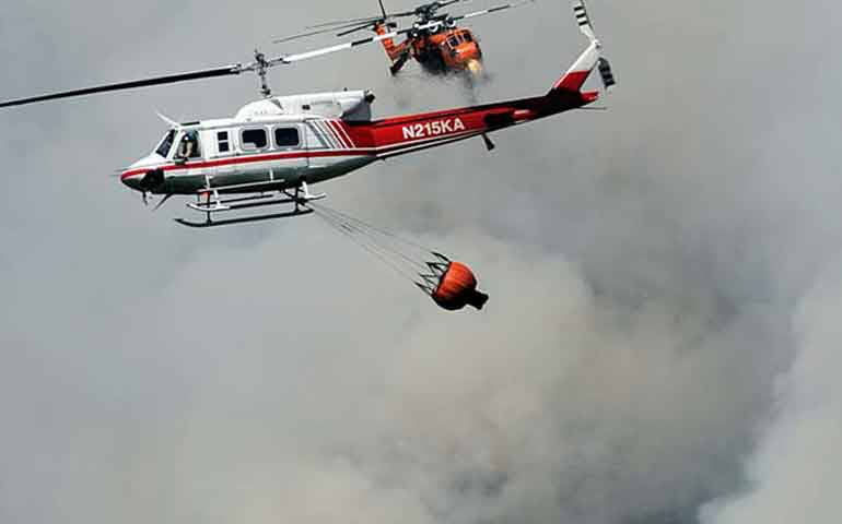 accidente-aereo-ocasiona-fuerte-incendio-forestal-en-washington