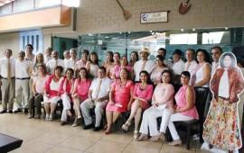 celebran-40-aniversario-de-su-graduacion1