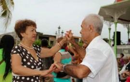 celebraran-el-dia-del-abuelo-con-tardes-doradas-de-la-transformacion