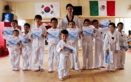 clausuran-con-exito-cursos-de-verano-de-tae-kwon-do13