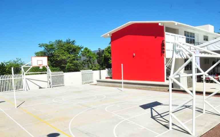 continua-gobierno-programa-de-rehabilitacion-de-escuelas-en-verano