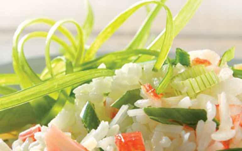 ensalada-de-arroz-y-surimi