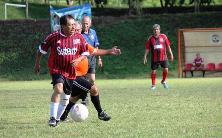 incansable-formador-de-futbolistas
