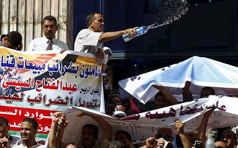 intensa-ola-de-calor-en-egipto-deja-mas-de-60-muertosa