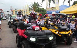 mas-de-500-motociclistas-en-carrera-la-ruta-del-cafe