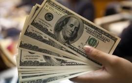 preocupante-dolar-se-vende-en-17-07-pesos