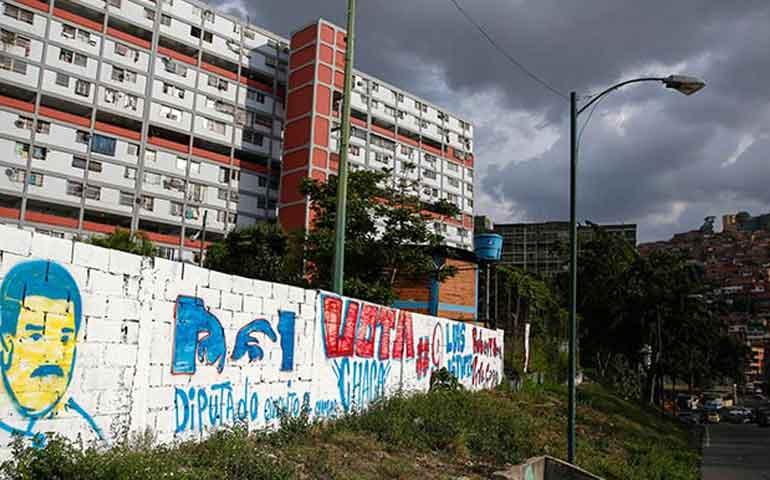 presos-realizan-motin-en-carcel-de-venezuela-toman-de-rehen-a-policia