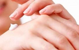 remedio-casero-para-prevenir-el-envejecimiento-de-las-manos