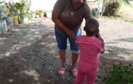 rescatan-a-nina-amarrada-en-panteon-de-escuinapa