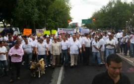 taxistas-marchan-contra-regularizacion-de-uber-en-jalisco