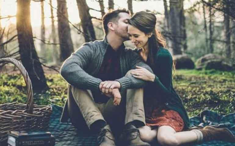 3-opciones-romanticas-para-salir-en-pareja-sin-gastar-mucho-dinero