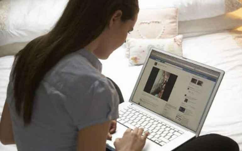 5-pasos-para-dejar-de-stalkear-a-tu-ex-en-redes-sociales
