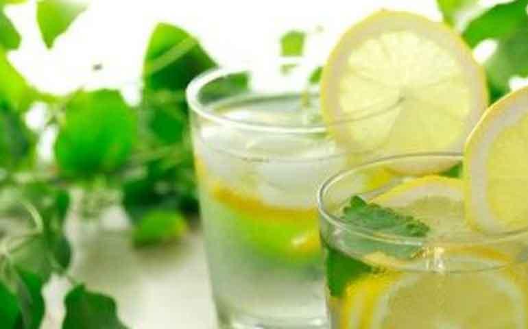 6-formas-de-tomar-agua-que-te-mantendran-saludable