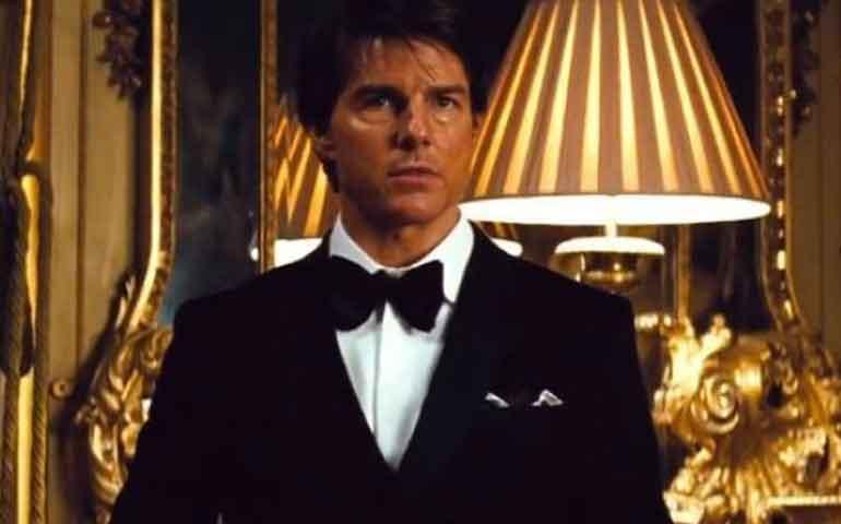 Equipo-de-Tom-Cruise-sufre-accidente-de-avión