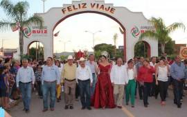 acompana-margarita-flores-a-las-familias-nayaritas-en-sus-fiestas-patrias
