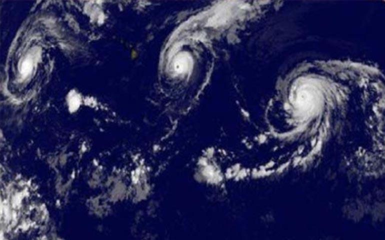 alertan-de-formacion-simultanea-de-3-huracanes-categoria-4-en-el-pacifico