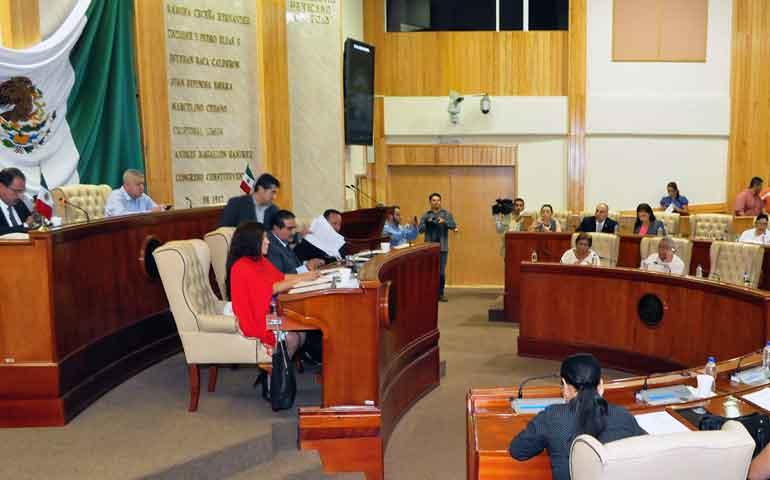 aprueban-diputados-fusion-de-secretarias-estatales