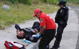 chocan-antimotines-con-normalistas-11-elementos-de-seguridad-lesionados