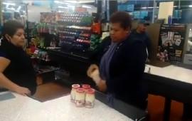 dentro-de-la-ropa-intento-robar-9-frascos-de-mayonesa