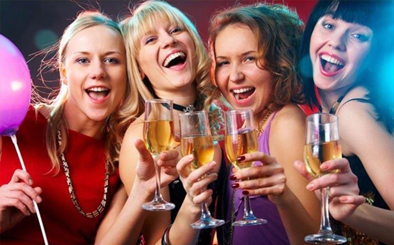 mujeres-que-beben-mas-alcohol-estan-mejor-preparadas