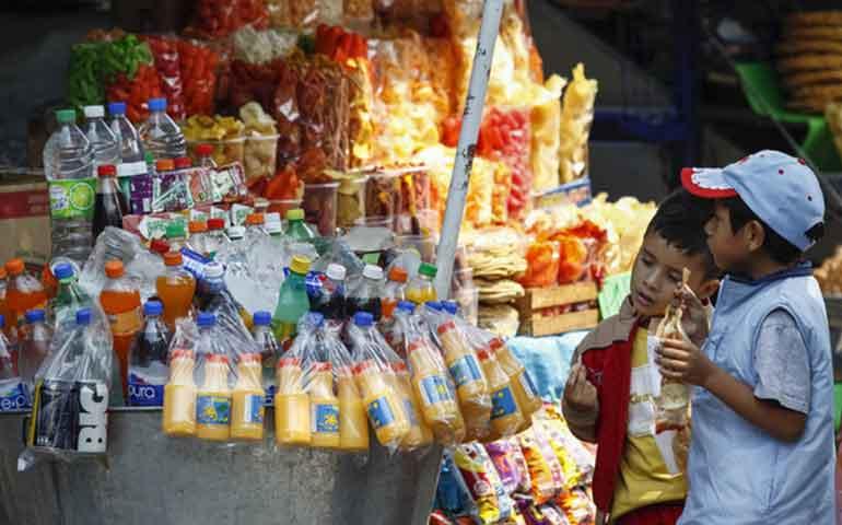 previenen-venta-de-alimentos-chatarra-en-escuelas