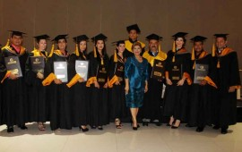 se-graduan-con-exito-del-instituto-de-ciencias-y-artes4