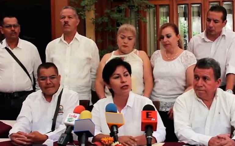 trabajadores-del-ayuntamiento-de-tepic-denuncia-descuentos-injustificados