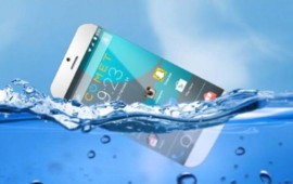 video-comet-el-primer-telefono-que-flota-en-el-agua